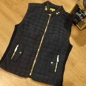 New Daisy Zip Vest